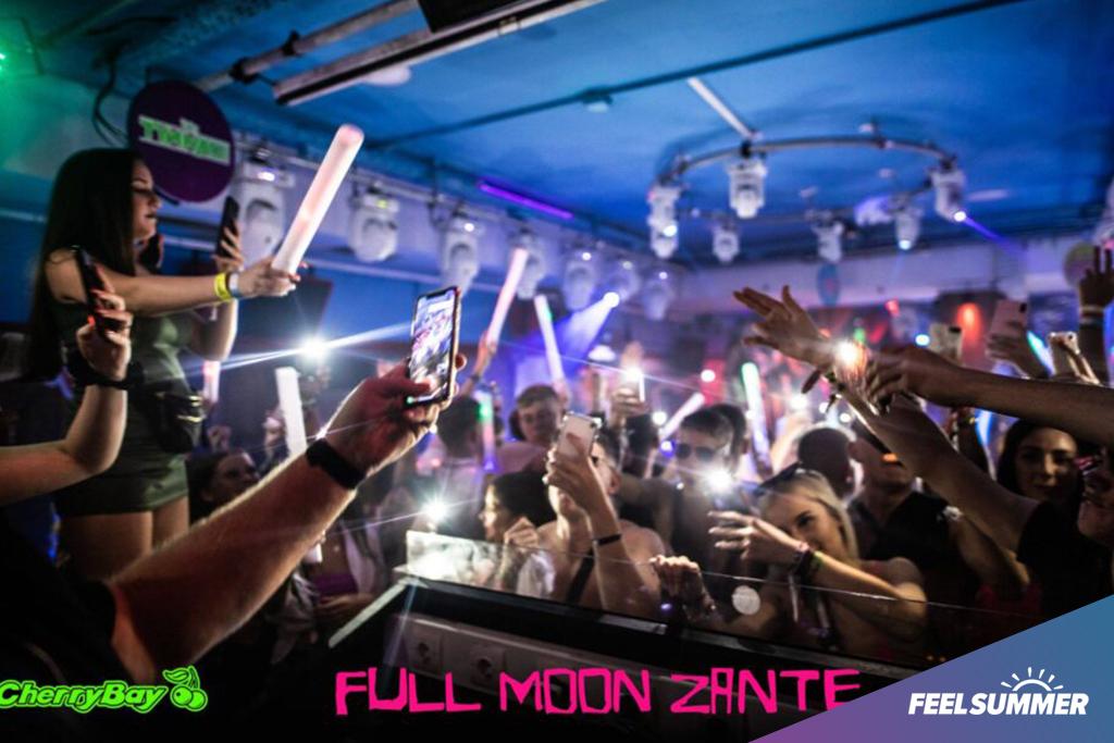 Full-moon-party-zante-events7