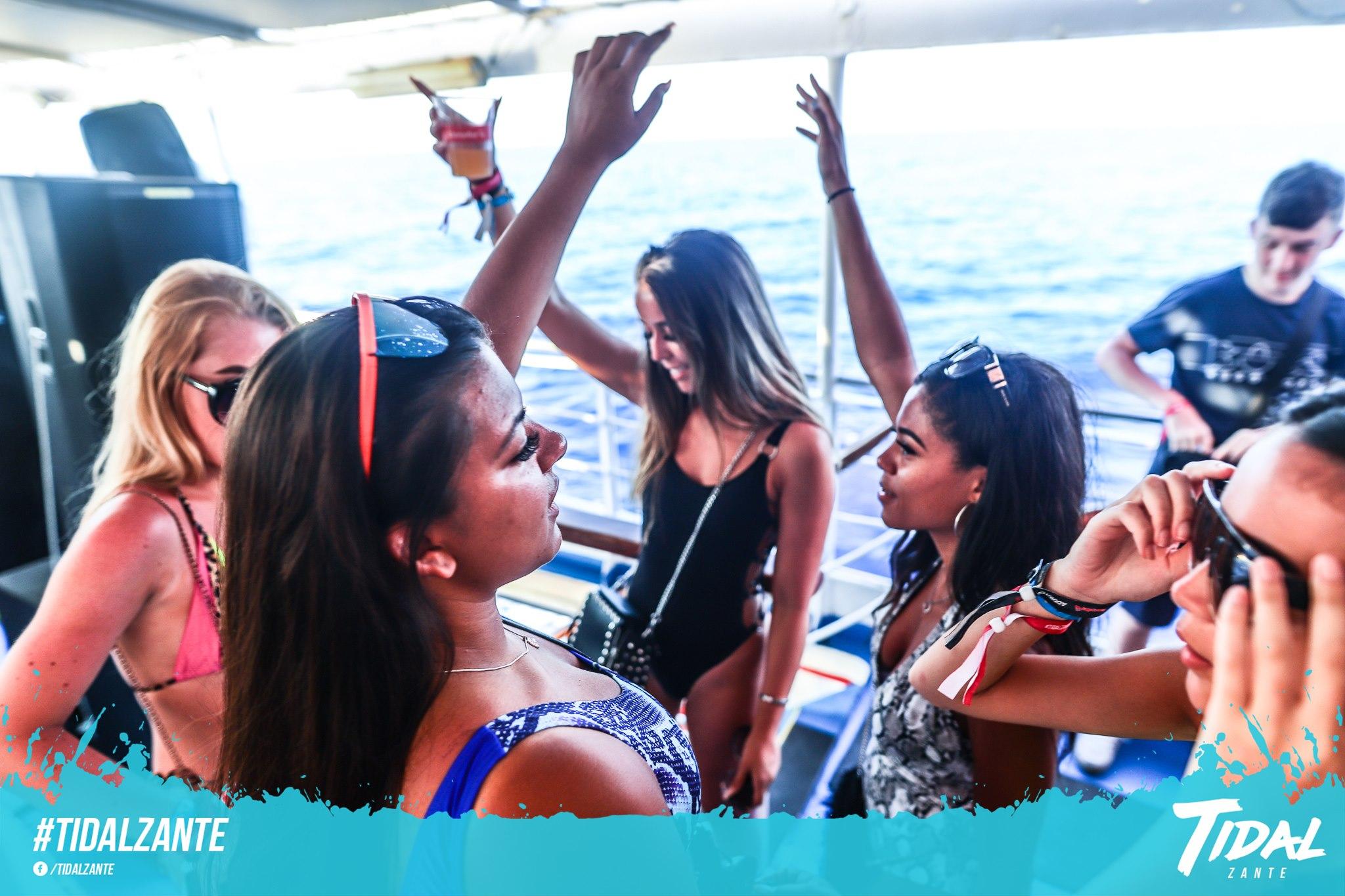 tidal-boat-party-zante10