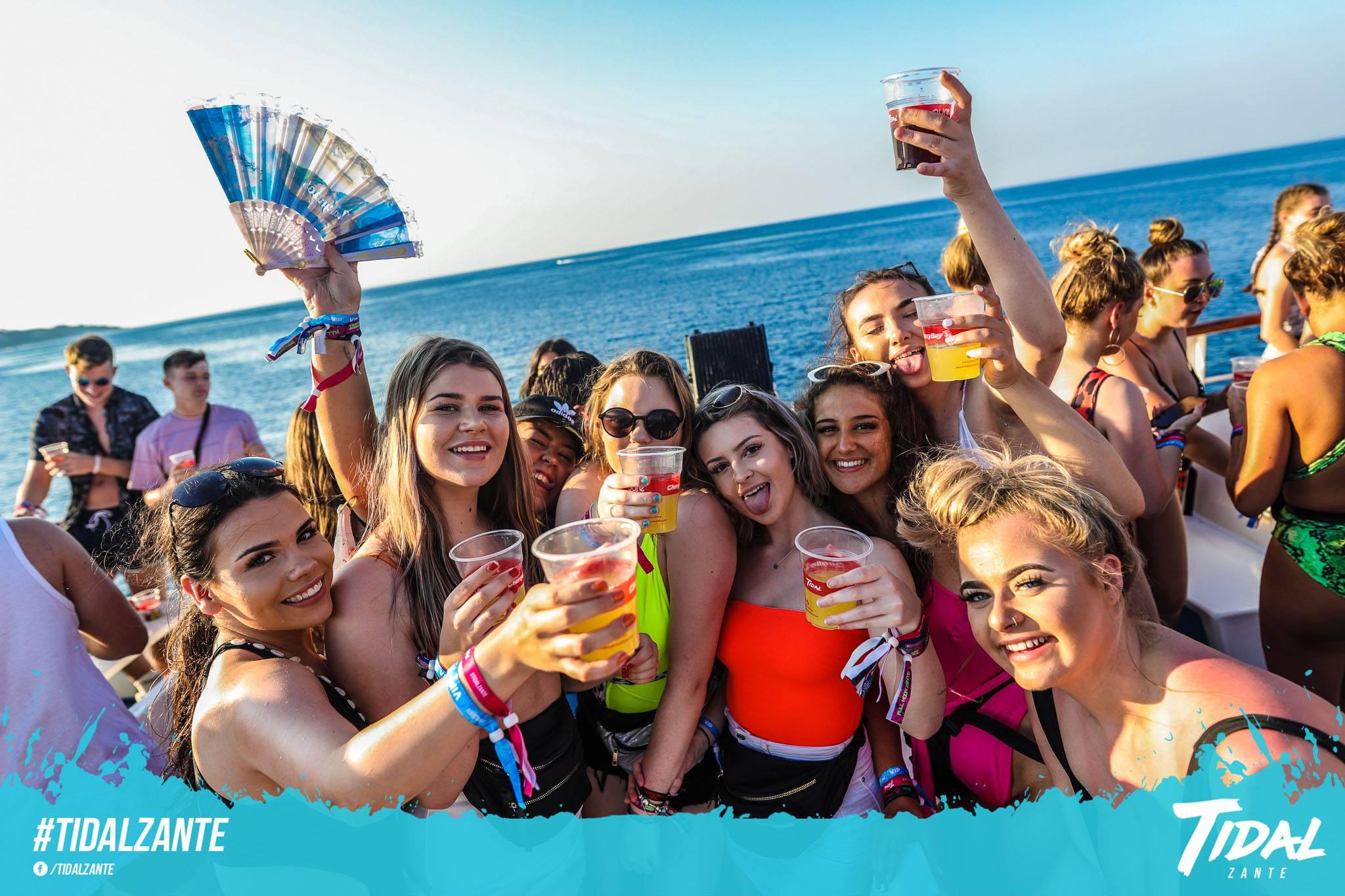 tidal-boat-party-zante3